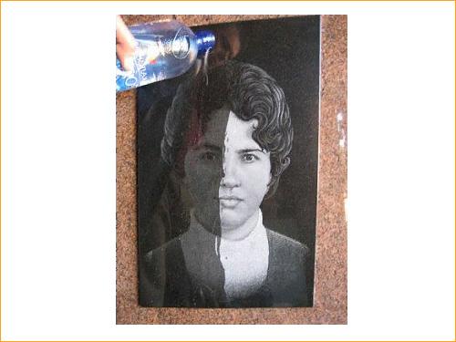 Защита портрета на гранитном памятнике от воды
