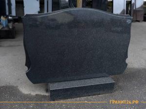 Подставка под памятник из черного гранита