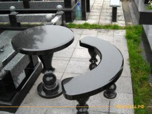 Стол и лавка из черного китайского гранита